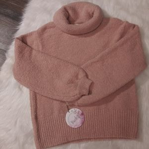 Kaisley Junior Peach Sweater NWT Size S